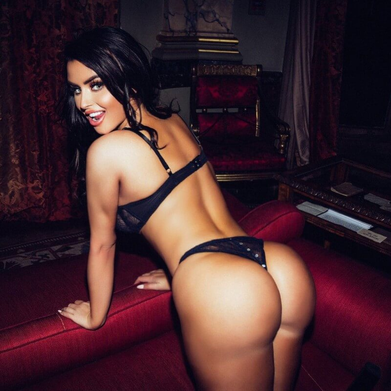 booty-girl-Abigail-Ratchford ⋆ Pandesia World